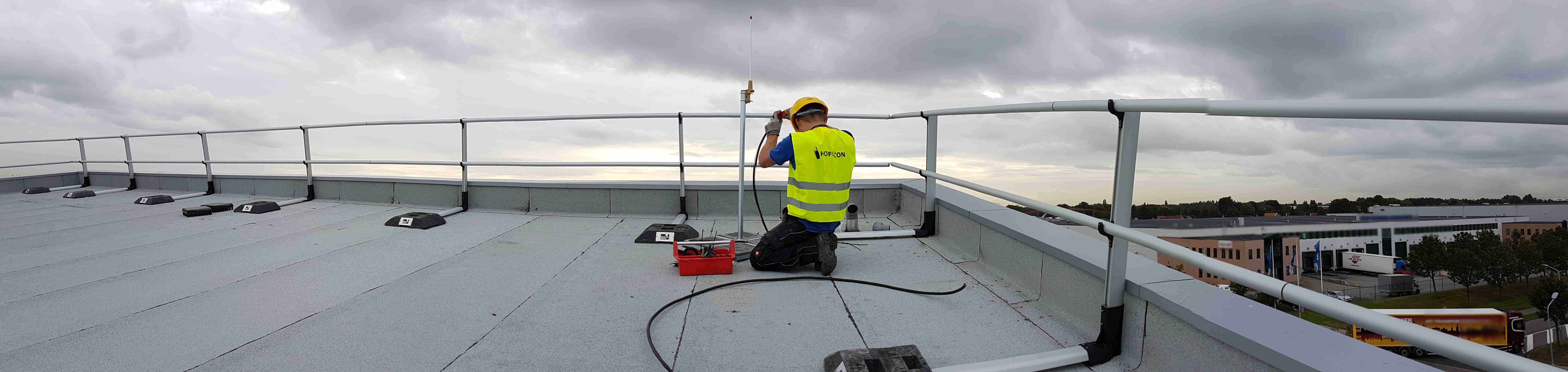 HOFCON portofoon antenne installatie